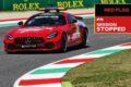 Mugello, sventolano le bandiere rosse in onore della Ferrari
